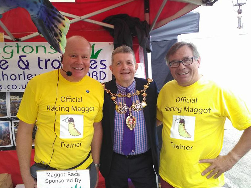 Official Maggot Racing Event